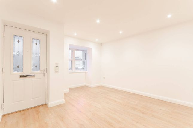 Thumbnail Terraced house for sale in Stanley Road, Chingford