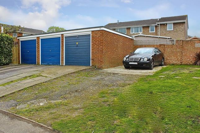 Lynn Road Canford Heath Poole Bh17 3 Bedroom Bungalow For Sale 47440990 Primelocation