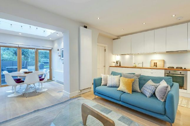 Thumbnail Flat for sale in Lady Margaret Road, Tufnell Park
