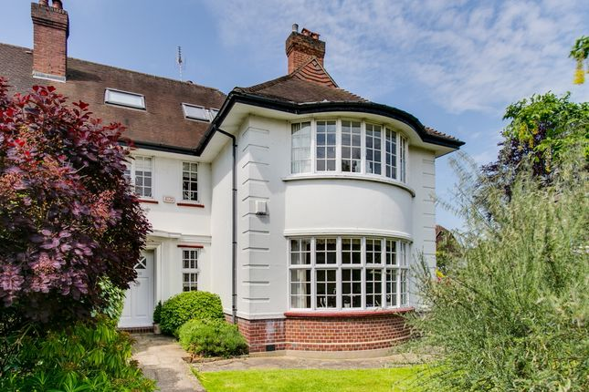 Thumbnail Semi-detached house to rent in Sheen Lane, London