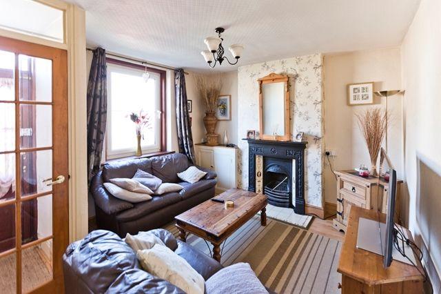 Thumbnail Terraced house to rent in Llysfaen Road, Old Colwyn, Colwyn Bay