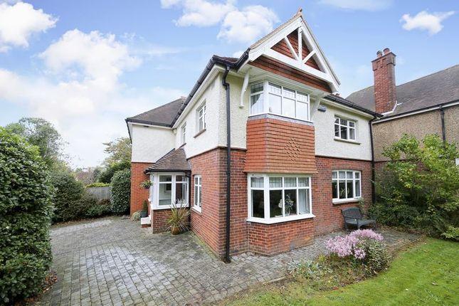 Thumbnail Detached house for sale in Chestnut Avenue, Southborough, Tunbridge Wells