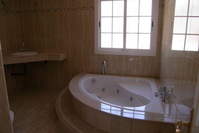 Bathroom 5 of Spain, Málaga, Benalmádena, Benalmádena Pueblo