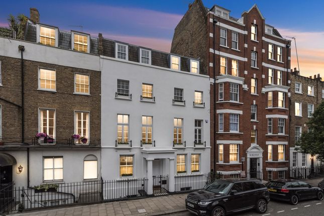 Thumbnail Terraced house for sale in Molyneux Street, London