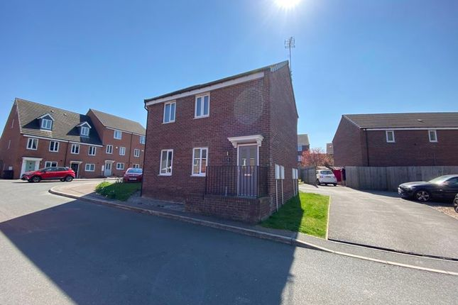 2 bed property to rent in Hudson House, Hetton Drive, Clay Cross S45