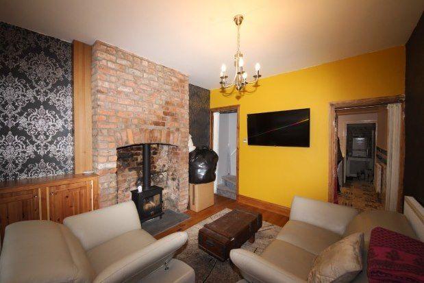 2 bed terraced house to rent in Newborough Street, York YO30