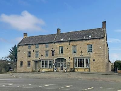 Thumbnail Hotel/guest house for sale in Halford Bridge Hotel, Fosse Way, Shipston-On-Stour, Warwickshire