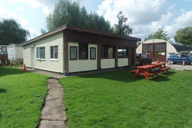 Thumbnail Cottage to rent in Bridge Street, Loddon, Norwich