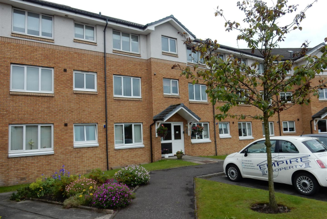 Thumbnail Flat to rent in Devine Court, Wishaw