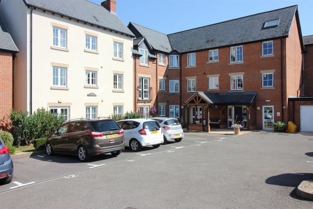 1 bed property for sale in Daffodil Court, Newent GL18