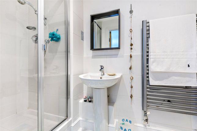 Bathroom of Fox Lane, Oxford OX1
