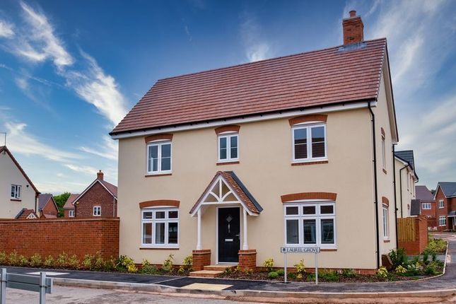 3 bedroom detached house for sale in Haughton Road, Shifnal