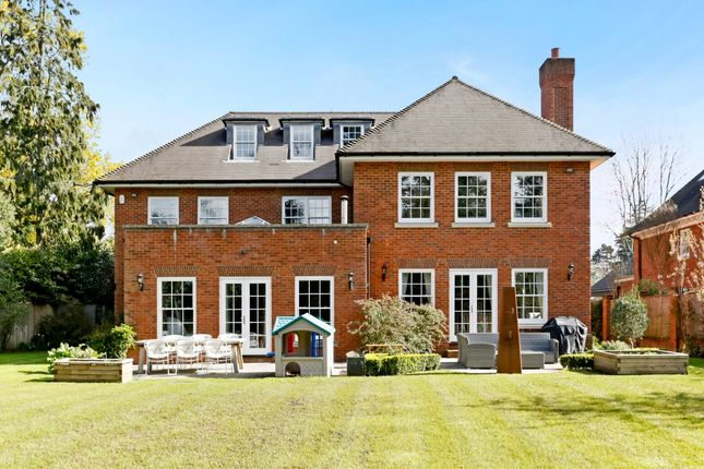 Thumbnail Detached house to rent in Drews Park, Knotty Green, Beaconsfield