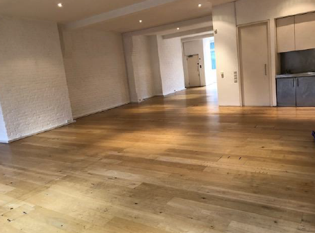 Office to let in Bowling Green Lane, Clerkenwell, London