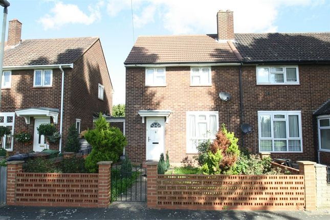 Thumbnail Terraced House To Rent In Charlton Crescent Barking