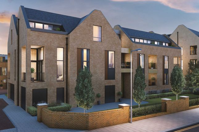 Thumbnail Penthouse for sale in Quayle Crescent, Whetstone, London