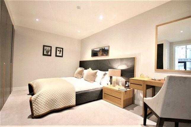 Thumbnail Property for sale in Southwark Bridge Road, London