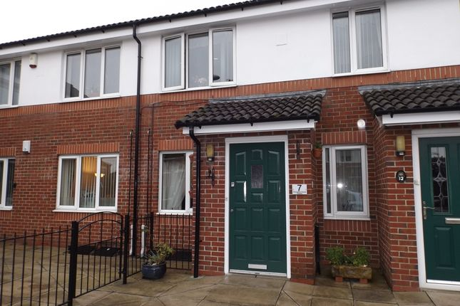 Thumbnail Flat to rent in Grosvenor House Square, Stalybridge