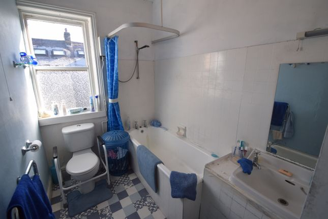 Bathroom of Sherwood Grove, Saltaire, Bradford, West Yorkshire BD18