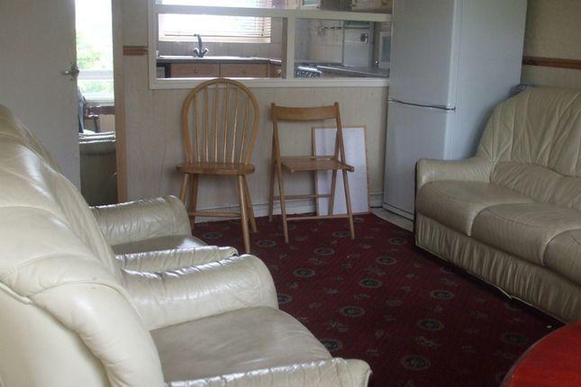 Thumbnail Flat to rent in Hanbury Street, Brick Lane