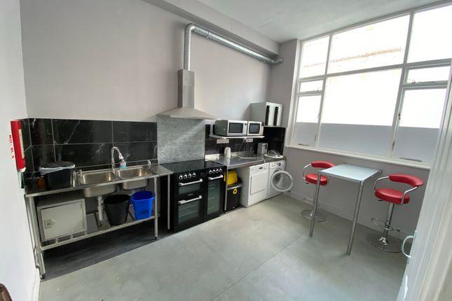 Studio to rent in Ifield Road, London SW10