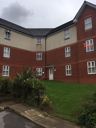 Thumbnail Flat to rent in The Links, Hyde