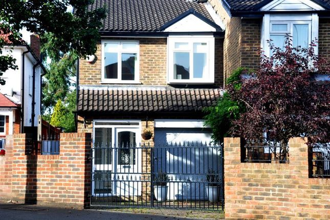 3 bed semi-detached house for sale in Villiers Avenue, Surbiton