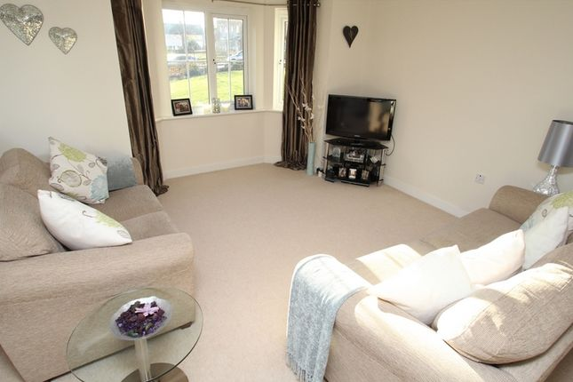 Thumbnail Flat to rent in Broadlands Gardens, Pudsey
