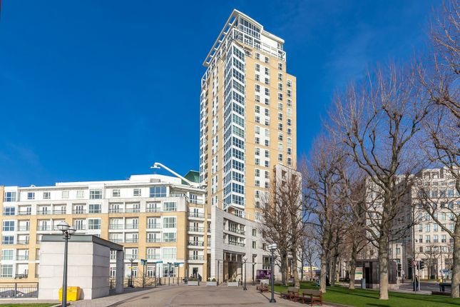 Thumbnail Maisonette to rent in Westferry Circus, Canary Wharf