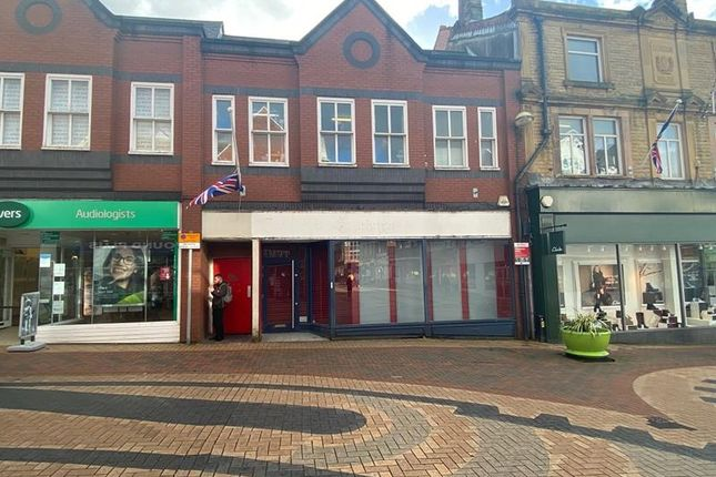 Thumbnail Retail premises to let in Chapel Street, Chorley