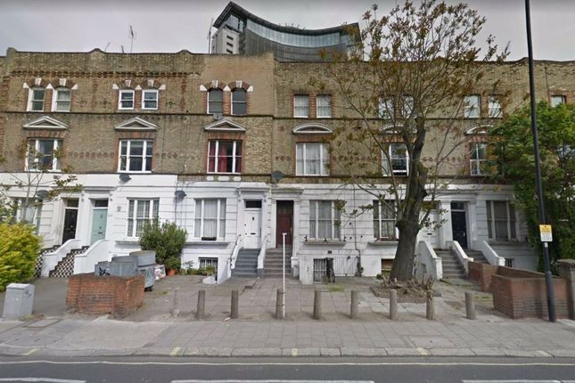 Thumbnail Flat to rent in Lillie Road, London