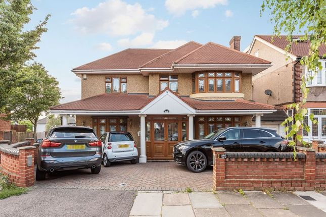Thumbnail Detached house for sale in Herent Drive, Clayhall, Ilford