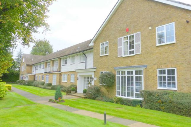 Thumbnail Flat for sale in Deacons Heights, Barnet Lane, Elstree, Borehamwood