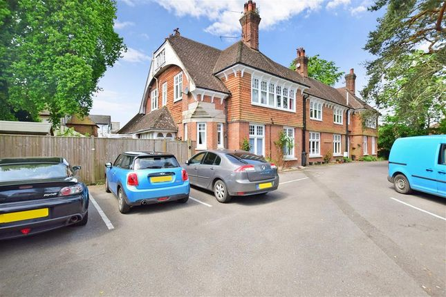 Thumbnail Flat for sale in St. Johns Road, Crowborough, East Sussex