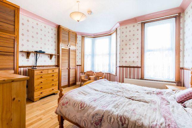 Thumbnail Property to rent in Millais Road, Leyton