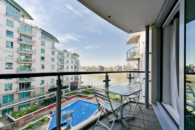Thumbnail Flat to rent in Vauxhall, London