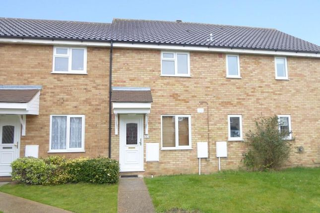 Thumbnail Terraced house to rent in Durham Close, Biggleswade