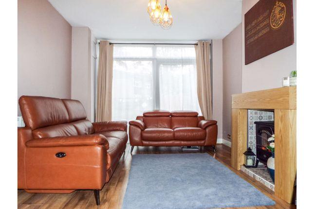 Lounge of Millbrook Road, Birmingham B14