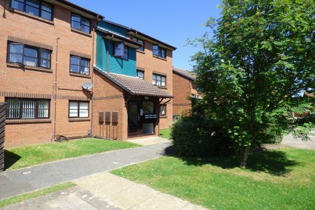 Thumbnail Flat to rent in Taverner Close, Poole