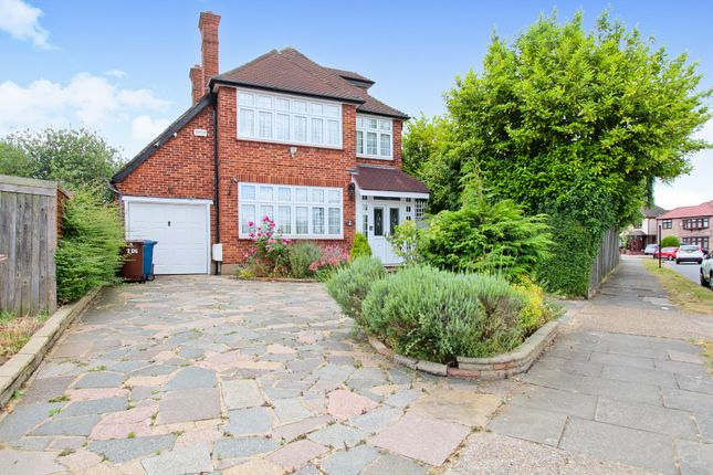 Thumbnail Detached house to rent in Dovercourt Gardens, Stanmore