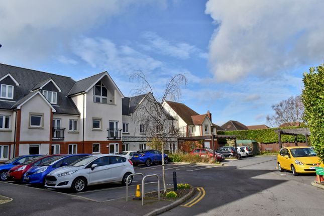 Thumbnail Property for sale in Avenue Road, Lymington