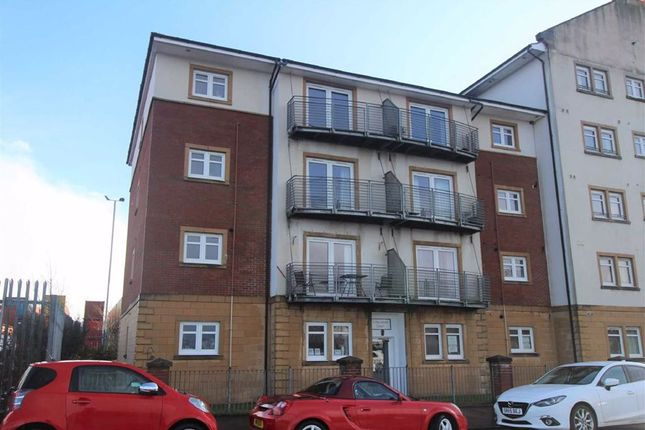 Thumbnail Flat for sale in Harwood Court, Greenock, Renfrewshire
