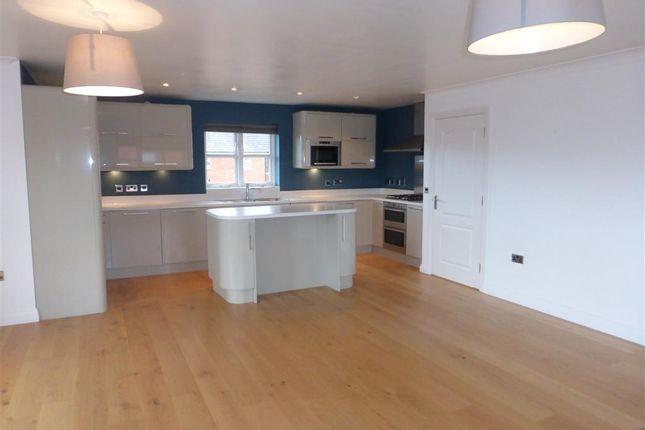 Thumbnail Flat to rent in Vernier Crescent, Medbourne, Milton Keynes