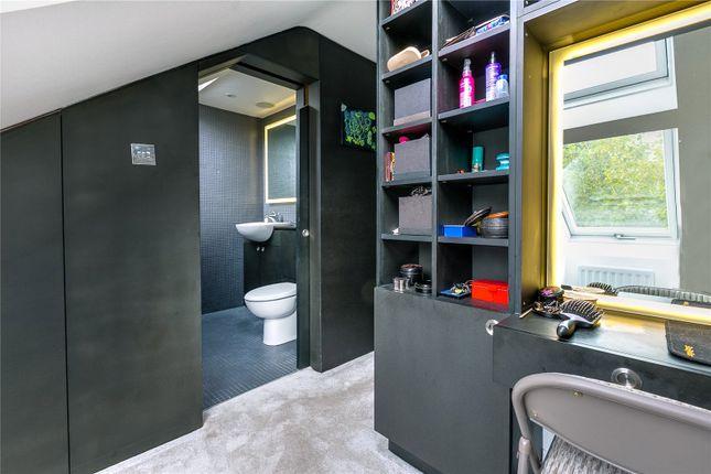 Dressing Room of Grantham Road, Chiswick, London W4