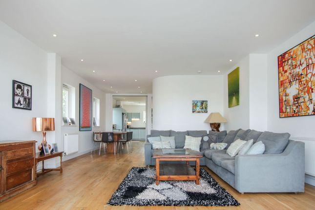 Open Plan Living of 100 Lavender Hill, Battersea SW11