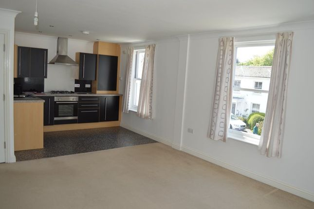 Thumbnail Flat to rent in Basset Road, Camborne