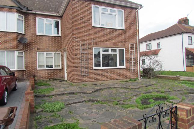 Thumbnail Maisonette to rent in Mill Lane, Chadwell Heath, Romford