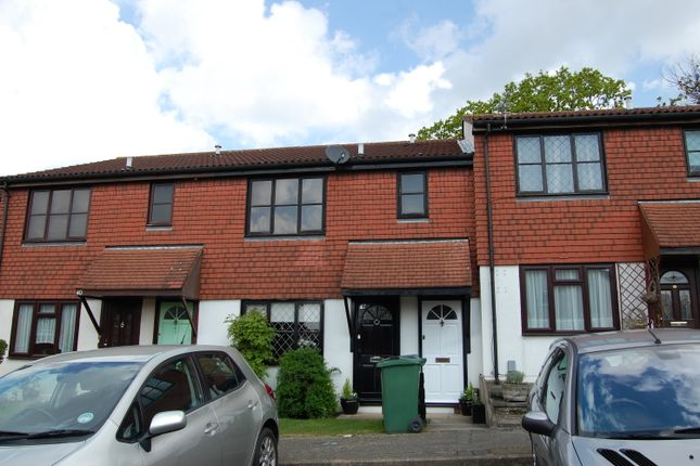 Thumbnail Maisonette for sale in Stapleford Close, Chingford