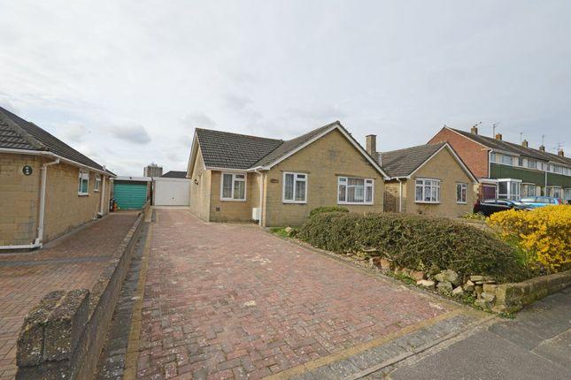 Thumbnail Bungalow to rent in Egerton Close, Swindon