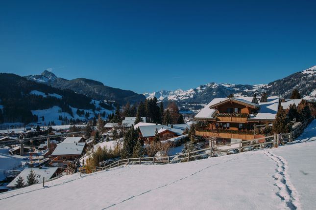 Thumbnail Chalet for sale in Gstaad, Switzerland